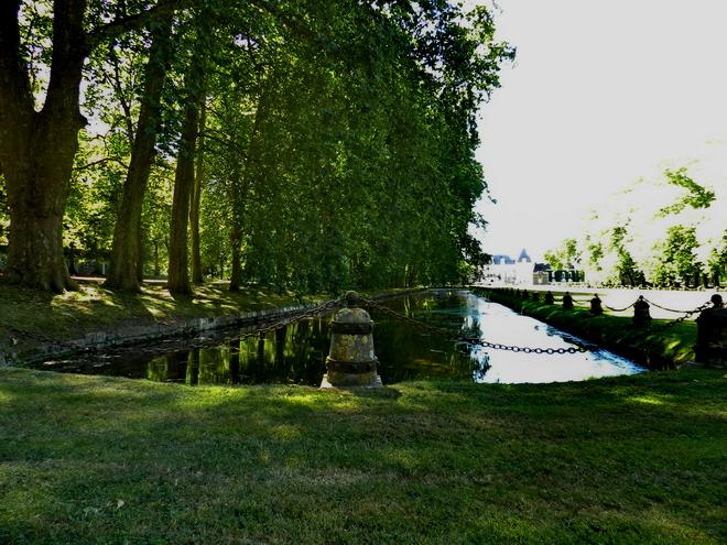 parc et chateau 11 la r gion parisienne le bassin parisien beaut et paysages de notre. Black Bedroom Furniture Sets. Home Design Ideas