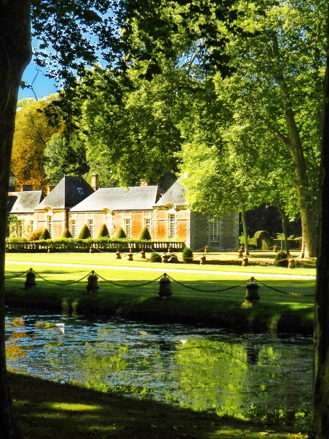parc et chateau 7 la r gion parisienne le bassin parisien beaut et paysages de notre. Black Bedroom Furniture Sets. Home Design Ideas