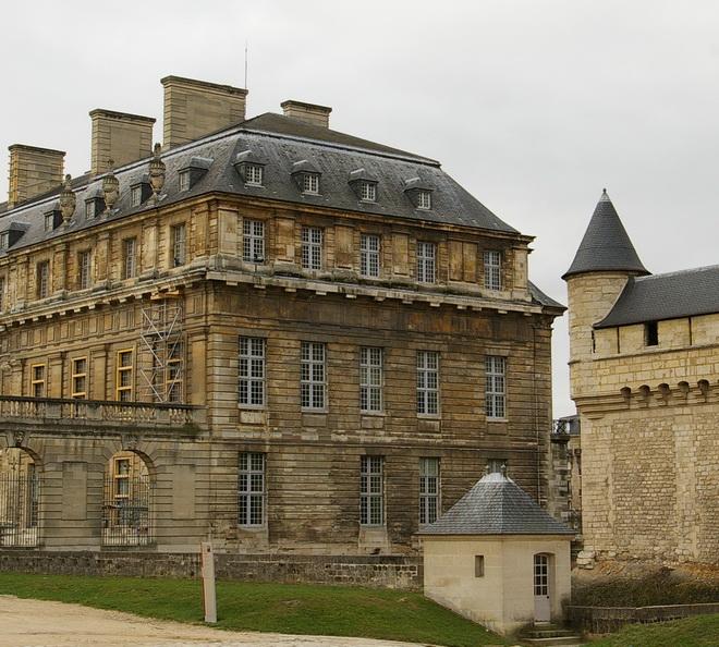 le chateau 14 la r gion parisienne le bassin parisien beaut et paysages de notre belle france. Black Bedroom Furniture Sets. Home Design Ideas